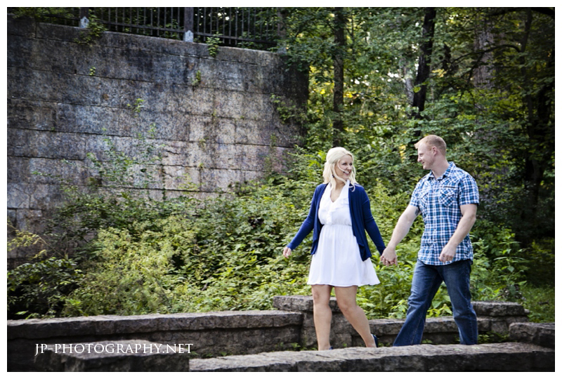 toledo wedding photographer, side cut park, maumee , royal blue, white dress